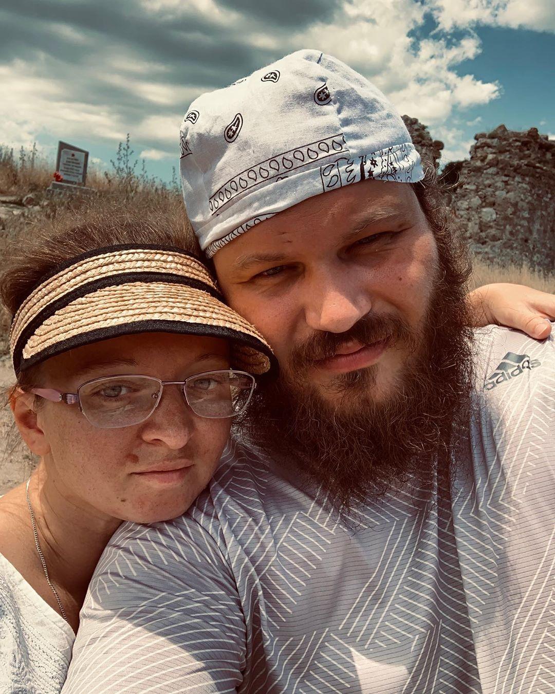 Павел Островский с женой