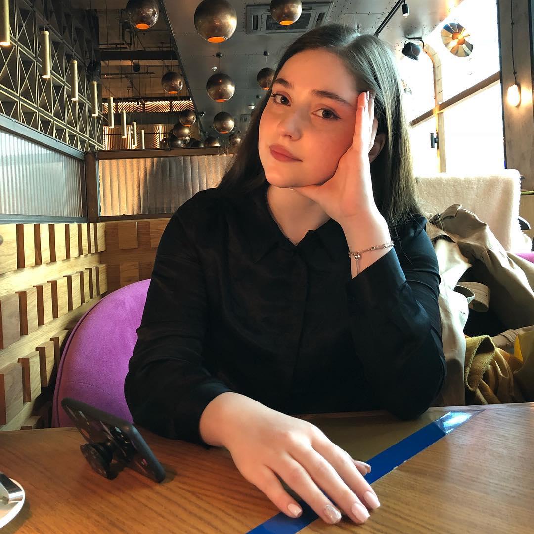 Рагда Ханиева: биография, семья, родители