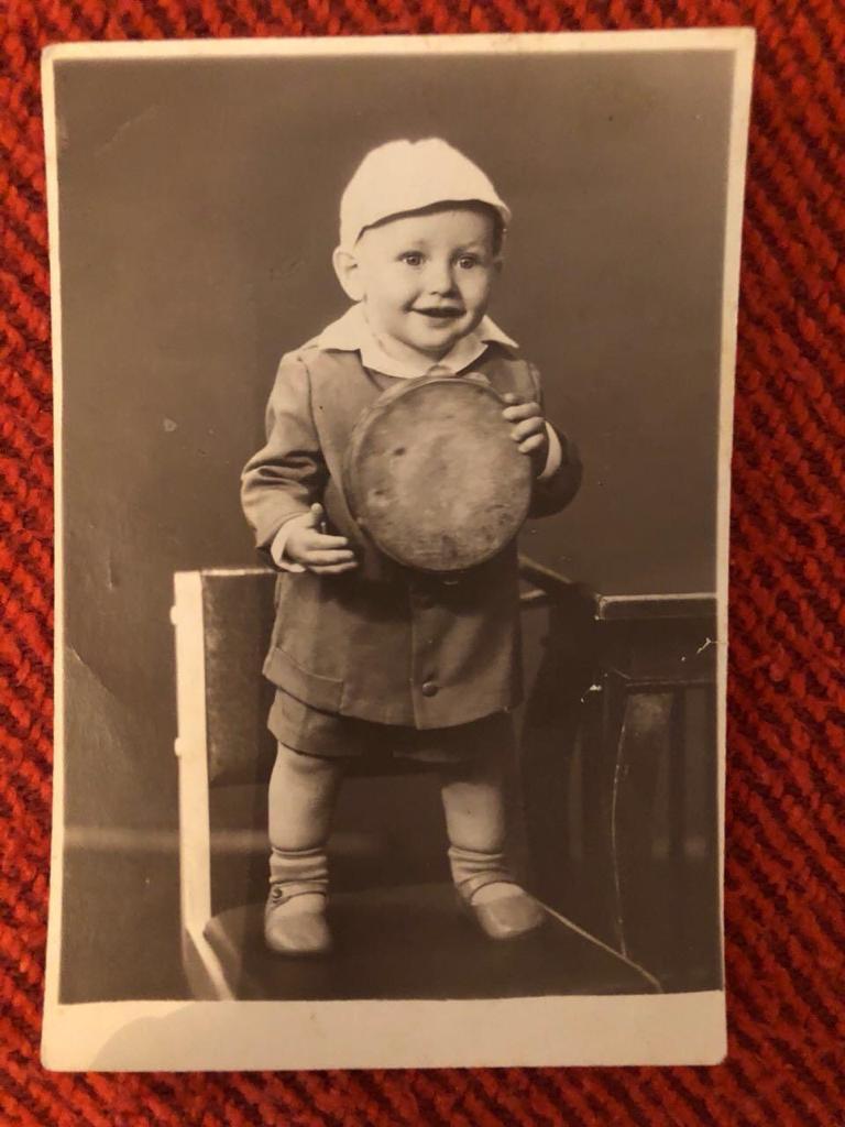 Алик Бендерский в детстве