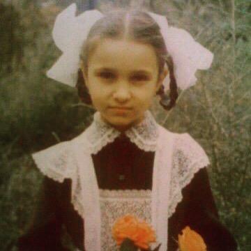 Ольга Качанова в детстве