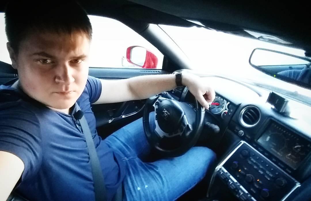 Александр Движнов: биография блогера и автора YouTube канала «ДВИЖНОВ»