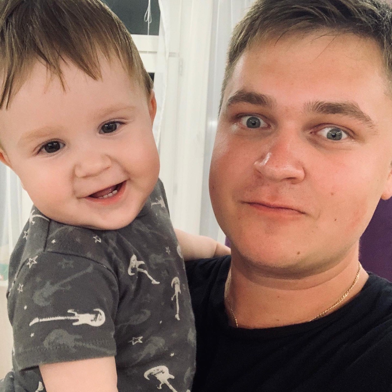 Александр Движнов с сыном